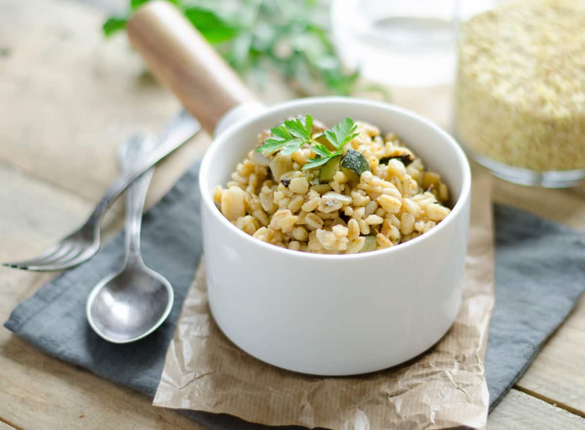 """""""Blésotto"""" aux courgettes, artichauts & parmesan"""